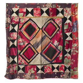 "Wall Hanging 2'4"" x 2'2"" Magenta Diamonds Patchwork"