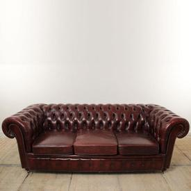7' Burgundy Leather Buttoned 3 Seater Chesterfield Sofa