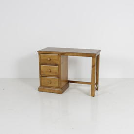 Classic Pine 3 Drawer Single Ped Dressing Table